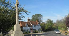 1bvlgari Hertfordshire-long-marston-war-memorial